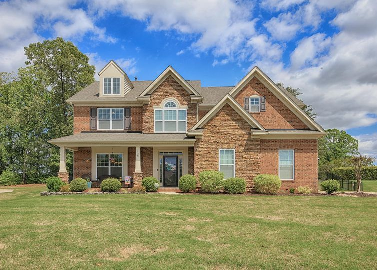 138 Gleniris Trail, Mooresville, NC 28115 in 2020 House