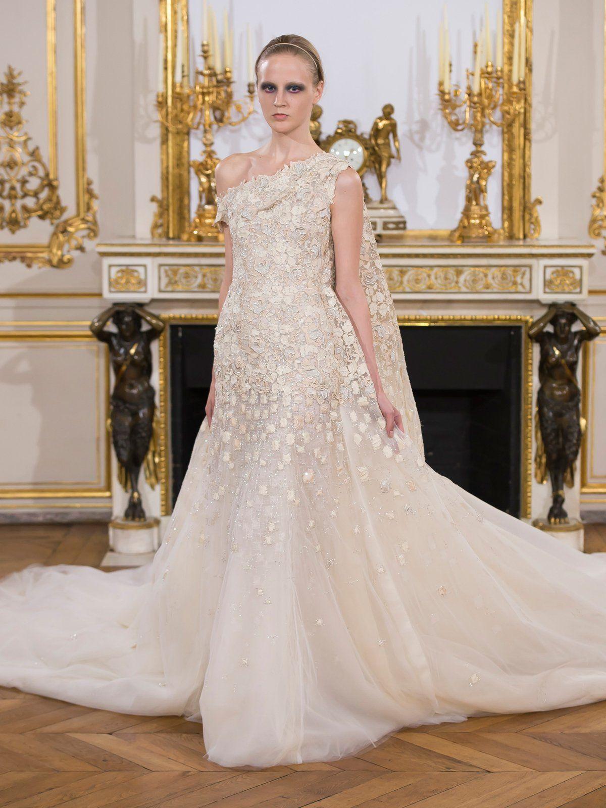 Die schönsten Couture Bräute   Das kleid, Brautkleid und Linie