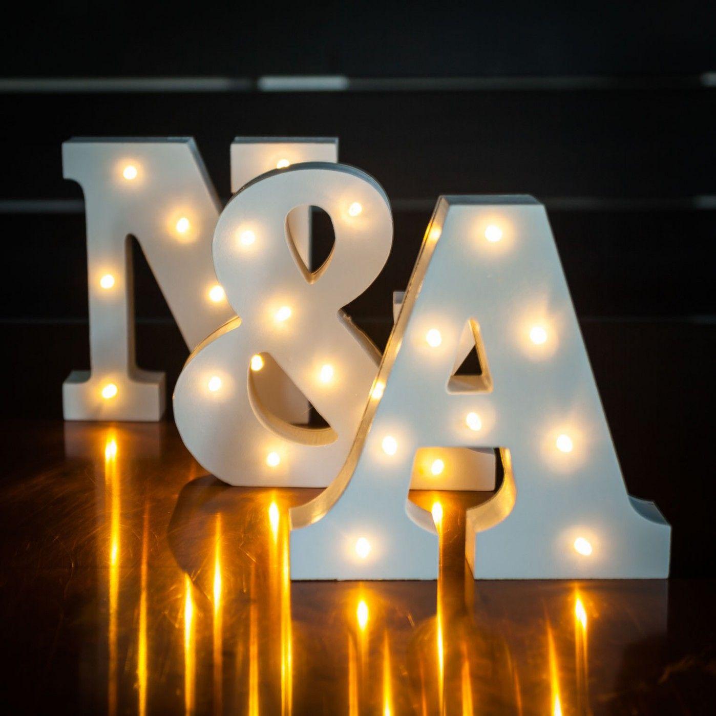 Beleuchtete Holz Buchstaben Geschenke In 2019 Buchstaben