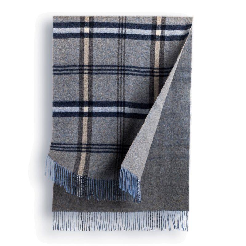 OZWEAR UGG 100% AUSTRALIAN MERINO WOOL REVERSIBLE WRAP Style Number: WW099Available Size: 206cm x 72cmMaterial: 100% Merino Wool