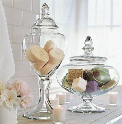 Vasos decorativos com sabonetes