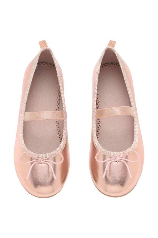 af85f9f80e372 Chaussure enfant   30 paires de chaussures enfants stylées pour la ...