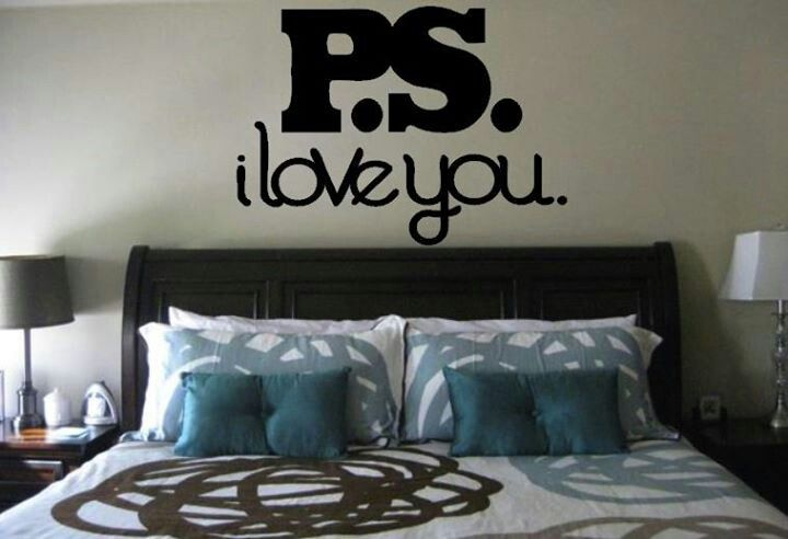 I love the sign above the bed....think it would be a great reminder to our teenage kids that THEY ARE LOVED!!