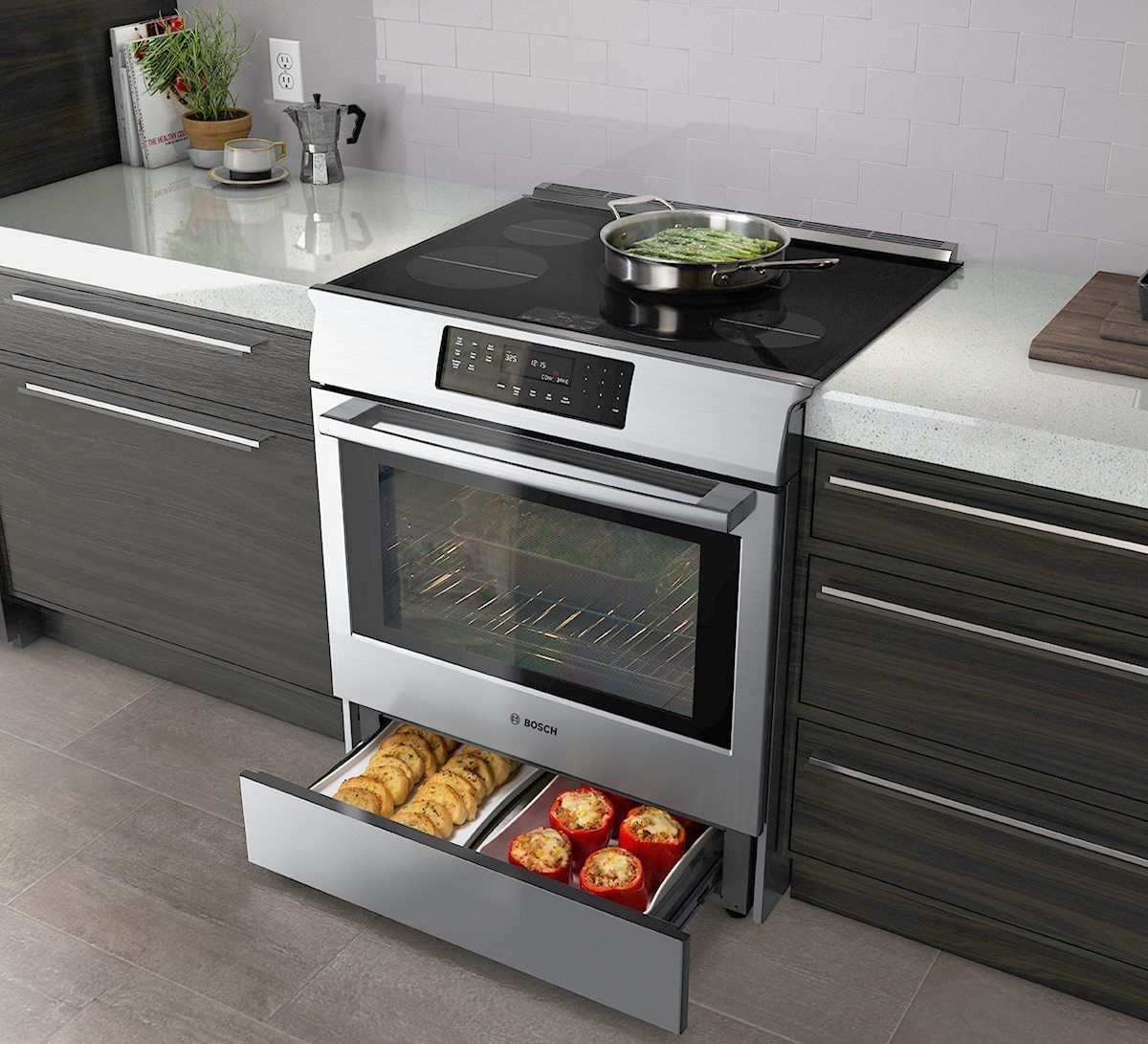 The Bosch Warming Drawer Keeps Side Dishes Warm As You Put The Finishing Touches On The Main Cou Outdoor Kitchen Appliances Outdoor Kitchen Countertops Kitchen
