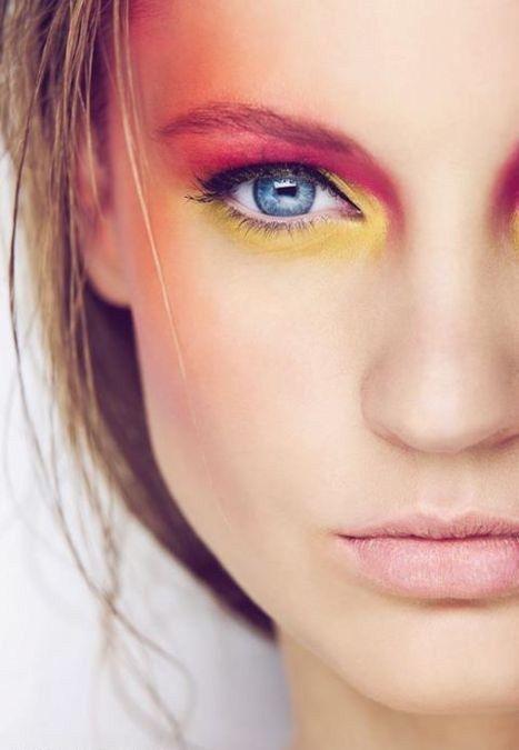 Photoshop Tricks... Eye shadow