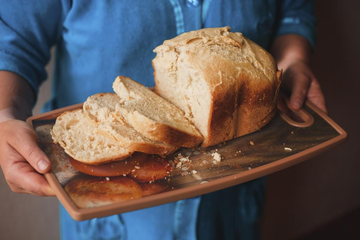 What Is The White Powder On Bread