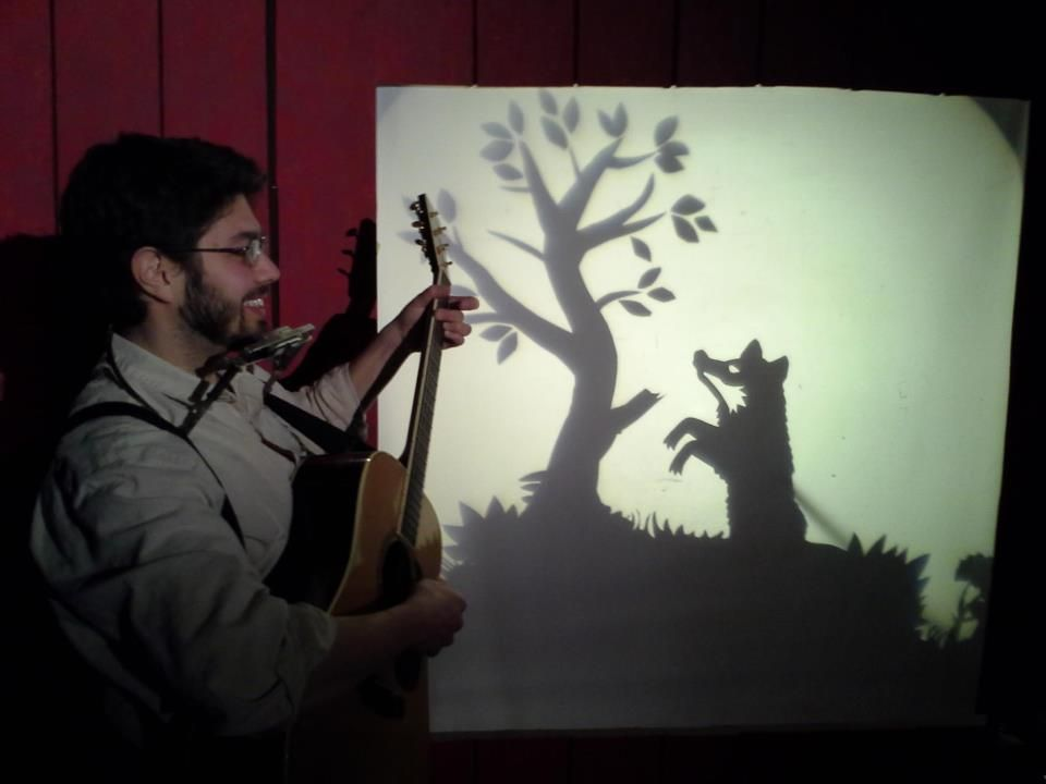 "Shadow puppetry in ""The Fox,"" a tale from ""The Yankee Peddler: Stories and Songs from Old New England,"" by Puppet Showplace artist-in-residence Brad Shur and folk musician Christopher Monti, January 2013 #puppetshowplace #puppetry #brookline"