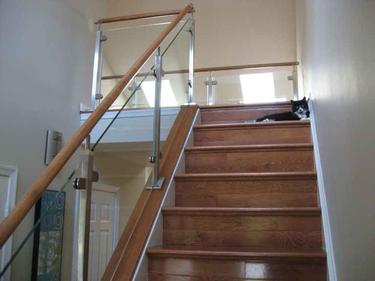 Lovely Glass Stairway Systems | Rails | Loudoun Stairs