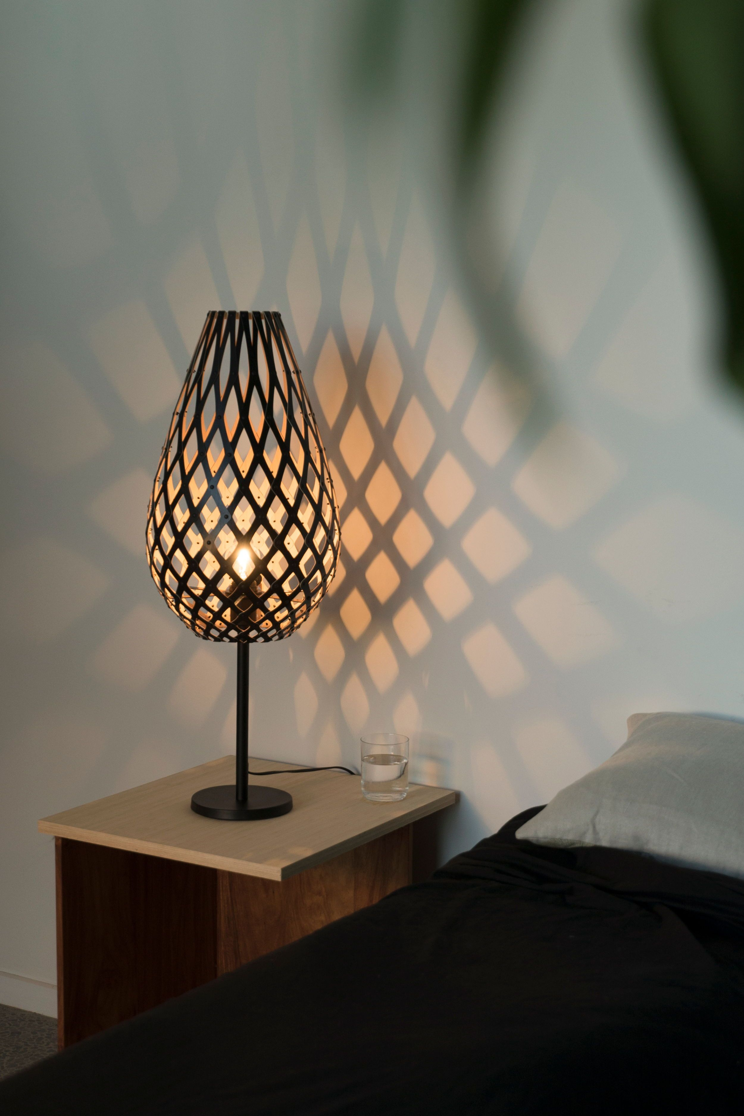 Customers Worldwide Promote David Trubridge Lights The Shadow Casting Lights Synonymous With The Company Name Can Be Sp Lamp Table Lamp David Trubridge Lights