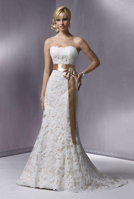 Affordable Wedding Dresses (Under $1,000!)   Affordable wedding ...