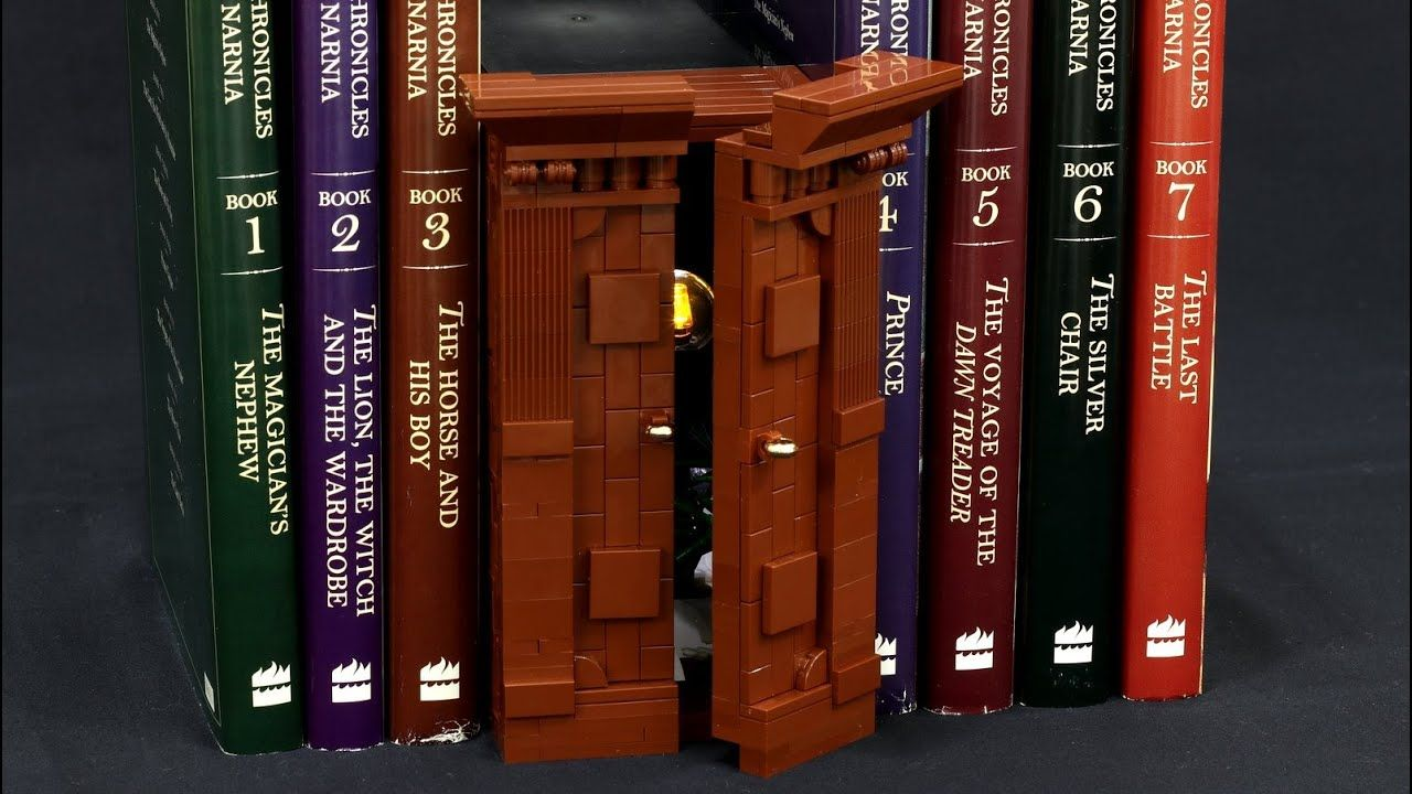 Narnia Wardrobe Book Nook