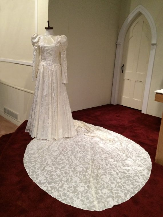Jessica McClintock Wedding Gown, Ivory, Victorian Steampunk Retro ...