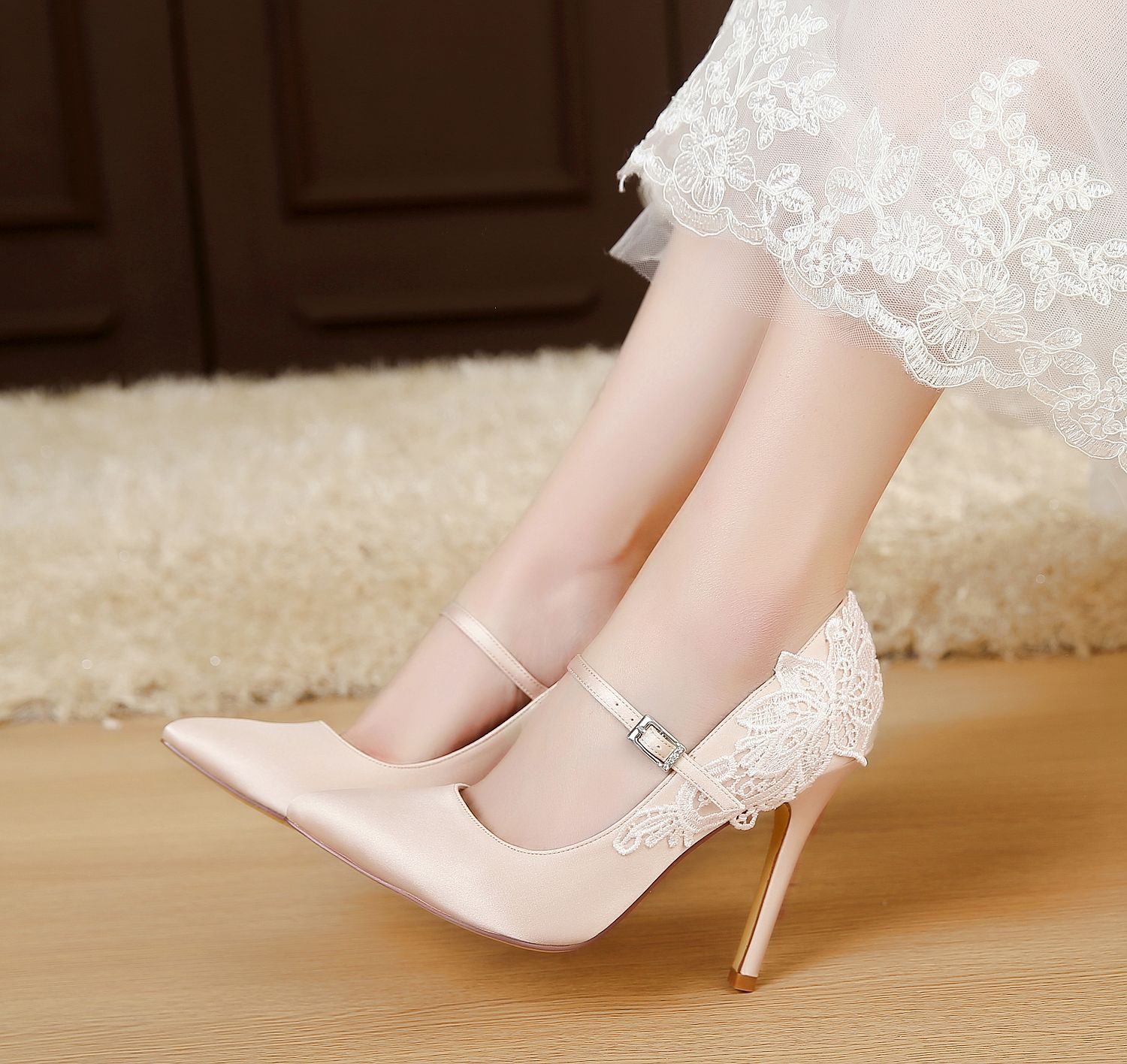 Pin On Luxveer Rs 2064 Closed Toe Lace Wedding Shoes With Strap 11cm