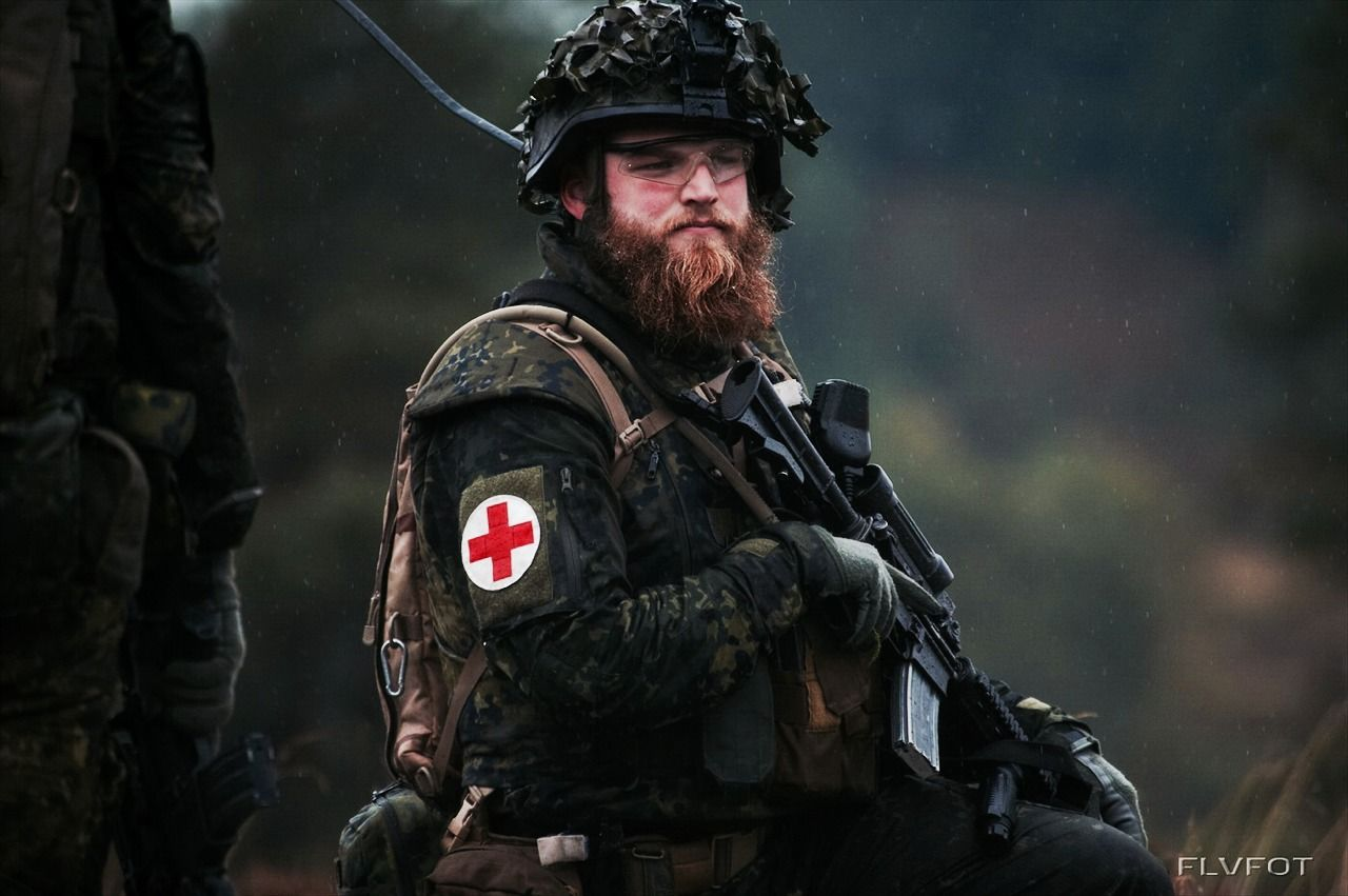 Danish Combat Medic. | Guns and Operators | Pinterest | Danishes ...