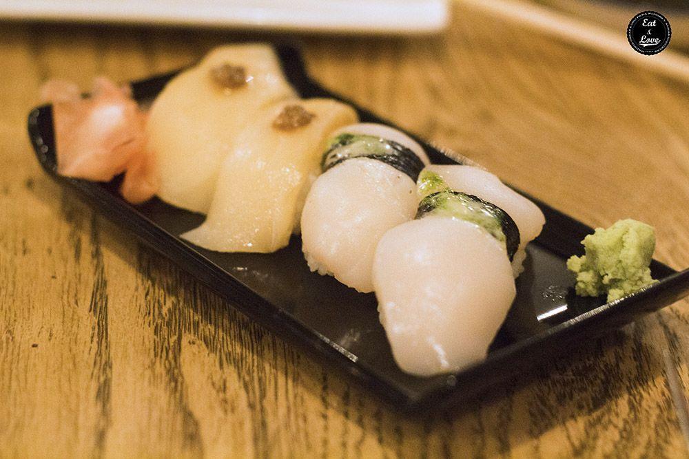 Nigiri de vieira y pez mantequilla - Sushita Café restaurante sushi Madrid