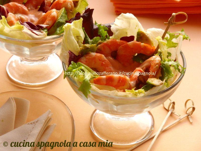 Cocktail Di Gamberi E Avocado Con Salsa Rosa Ricetta Ricette Ricette Di Cucina Spagnola Cene Veloci