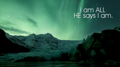 "I am ALL HE says I am. Trecho da canção ""All He Says I Am"", da Gateway Worship. Composição de Cody Carnes. by @robertaprevi"