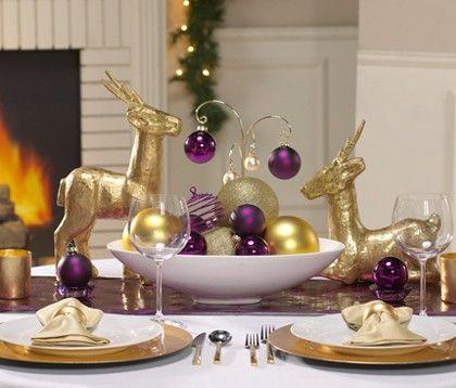 20 Colorful Holiday Table Settings Sas Interiors Christmas Table Decorations Purple Christmas Decorations Purple Christmas