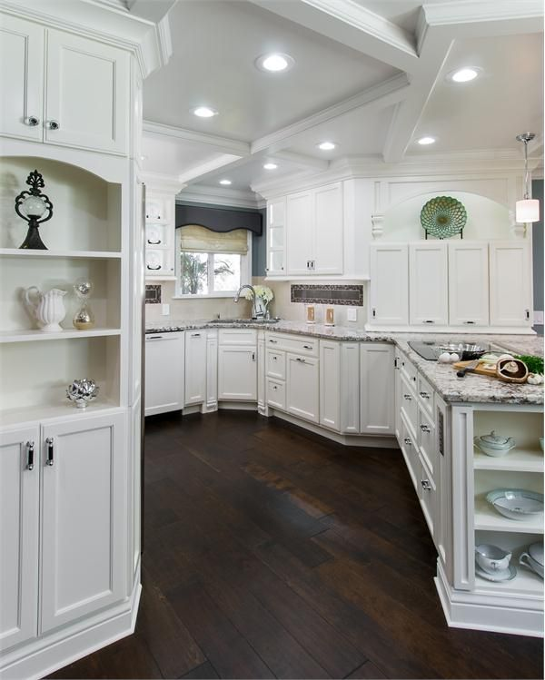 25 Absolutely Gorgeous Transitional Style Kitchen Ideas: Transitional+(Eclectic)+Kitchen+by+Angela+Victoria