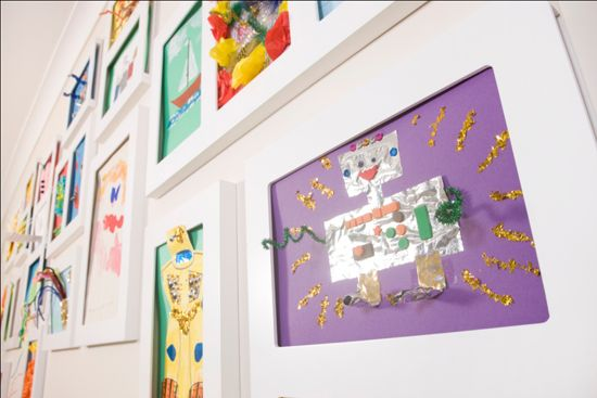Poppy Sparkles Handmade Jewellery by Viv Smith: {Review + Giveaway} Creating an Art Gallery with your Kids' pictures - The Articulate Gallery *CLOSED*