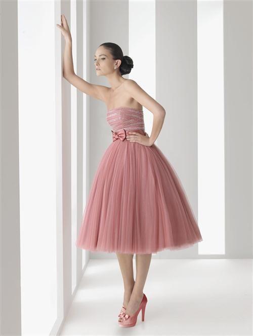 0e102d9fb vestido rosa viejo straples con pollera corta por abajo de la rodilla