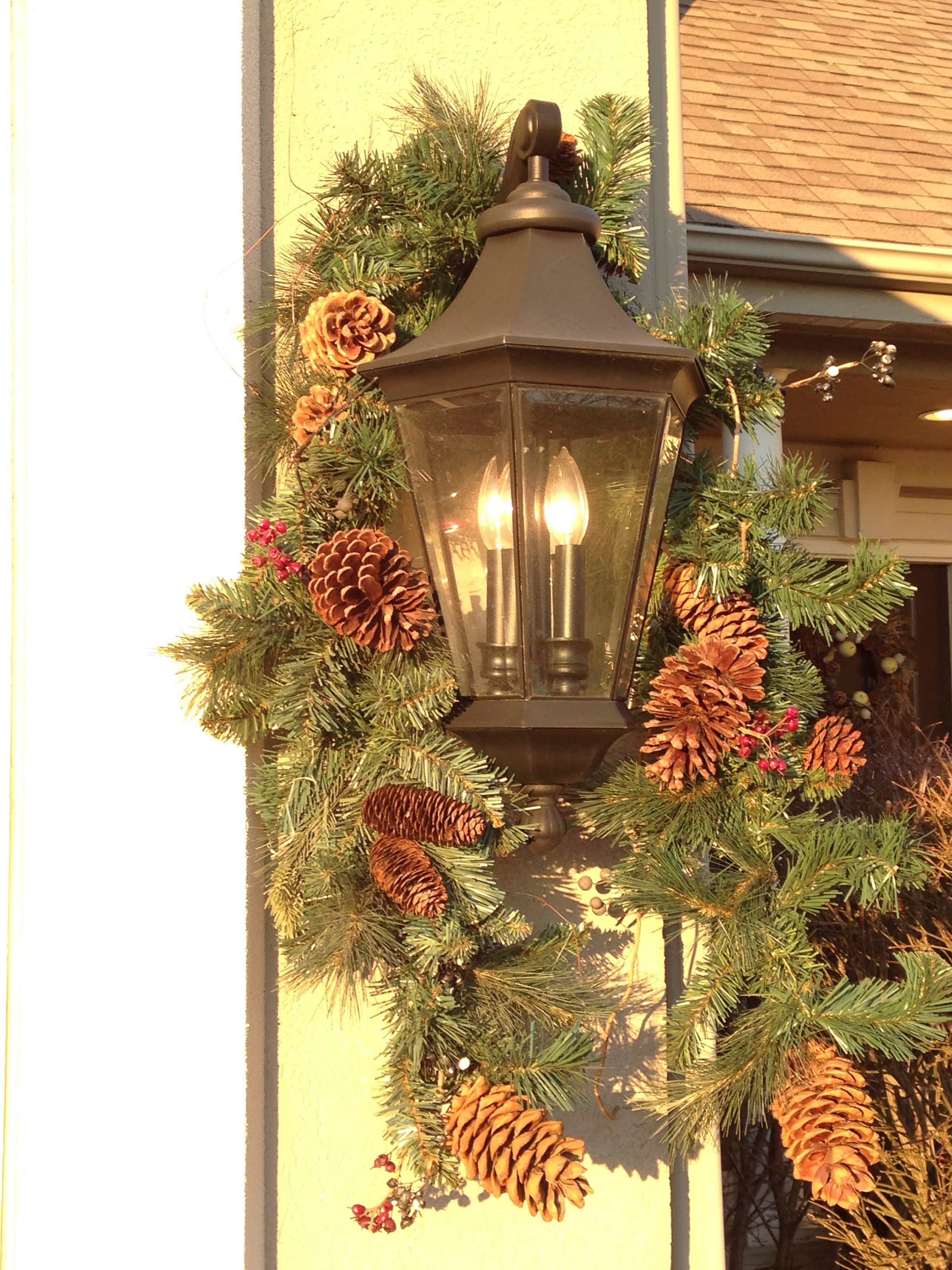 Christmas outdoor coach lights | Coach Lighting | Pinterest | Coach ...
