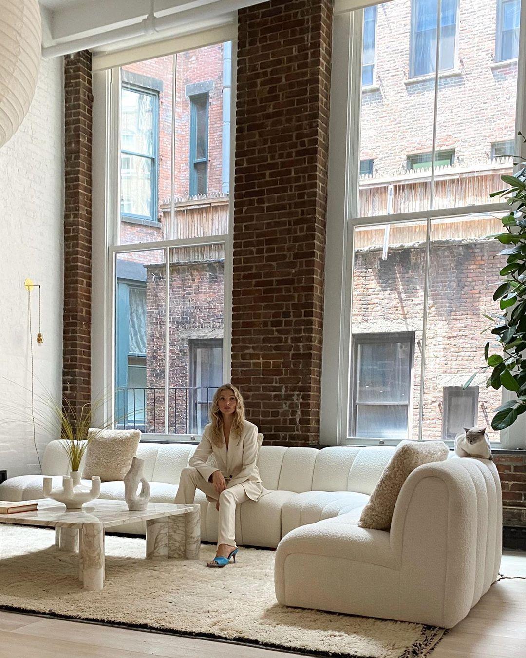 Photo of Victoria's Secret vet Elsa Hosk's stunning post-modern apartment
