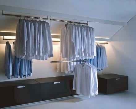 Begehbarer kleiderschrank dachschräge kleiderstange  1000+ ideas about Begehbarer Kleiderschrank Bauen on Pinterest ...