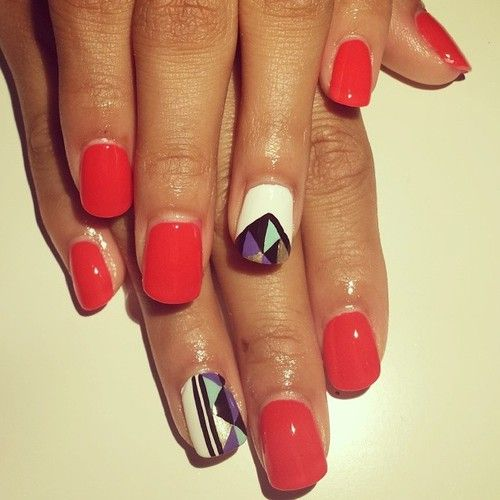 Love the geometric shapes, different colors for sure!