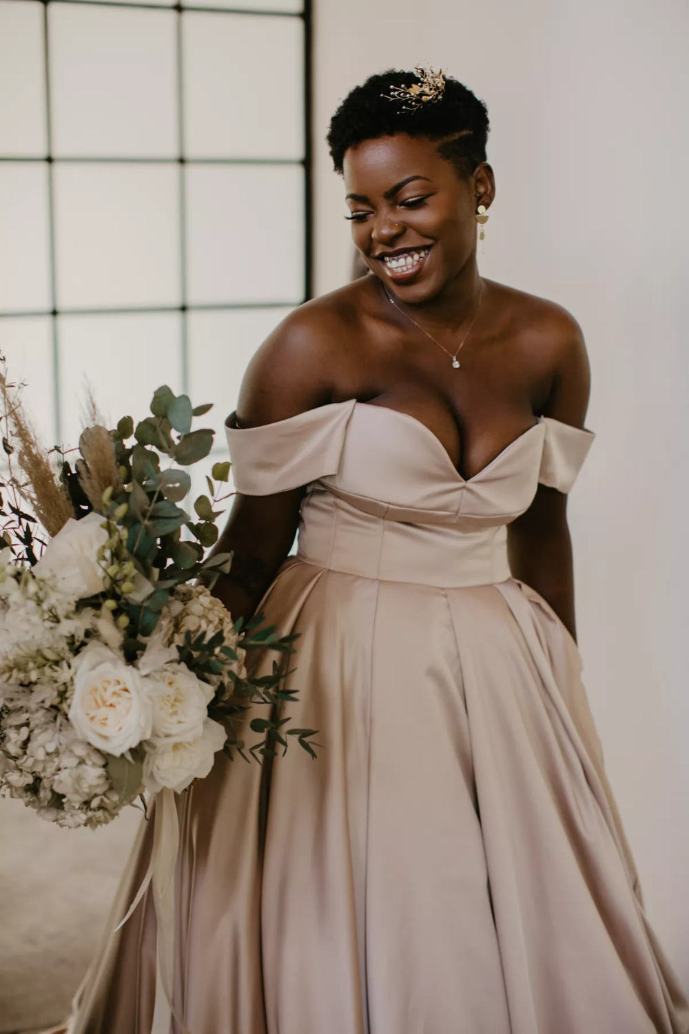 An Intimate Wedding At A Lush Outdoor Venue In Pretoria South Africa In 2021 Beautiful Wedding Dresses Wedding Dresses Best Wedding Dresses [ 1500 x 1000 Pixel ]