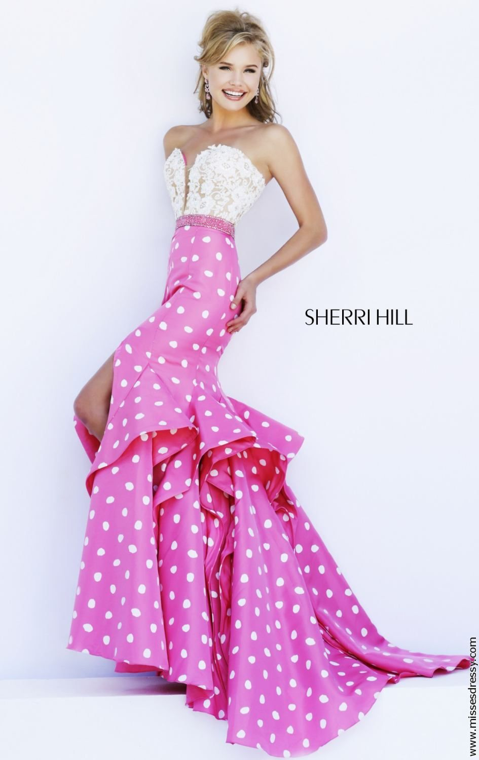 Sherri Hill | pink | Pinterest | Beaded lace and Flared skirt