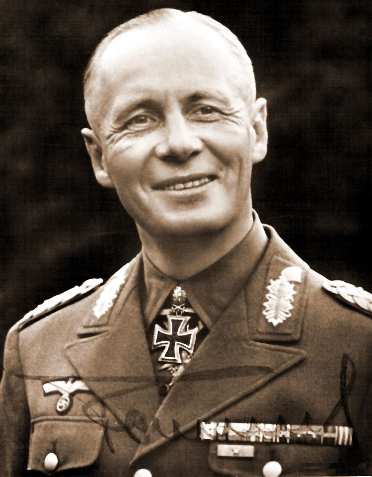2273 WW2 Photo WWII German General Erwin Rommel with Map Afrika Korps