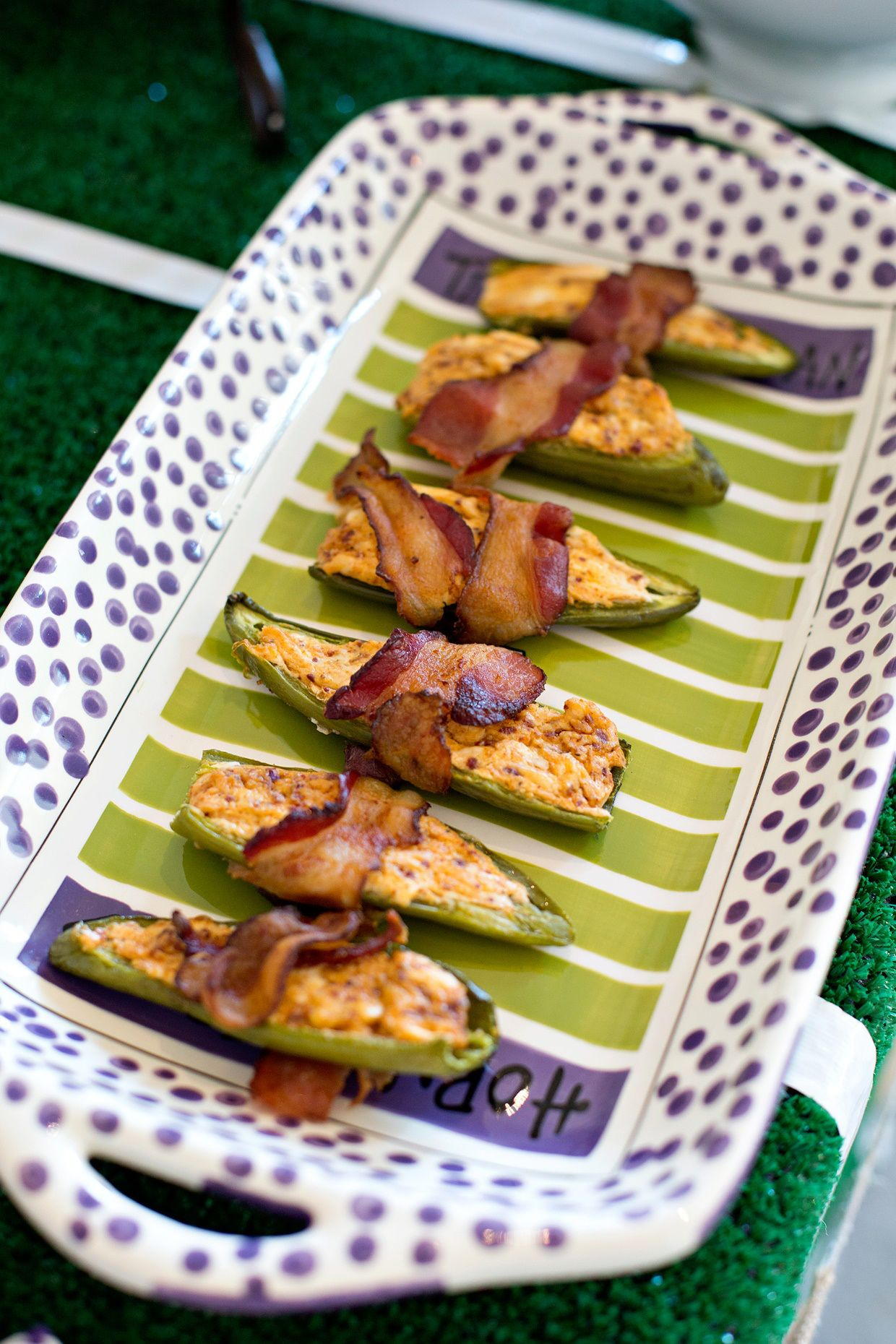 Bacon Wrapped Jalapeno Poppers | The Everyday Hostess Bacon wrapped jalapeño poppers filled with a chorizo cream cheese! Quick and easy and super delicious!