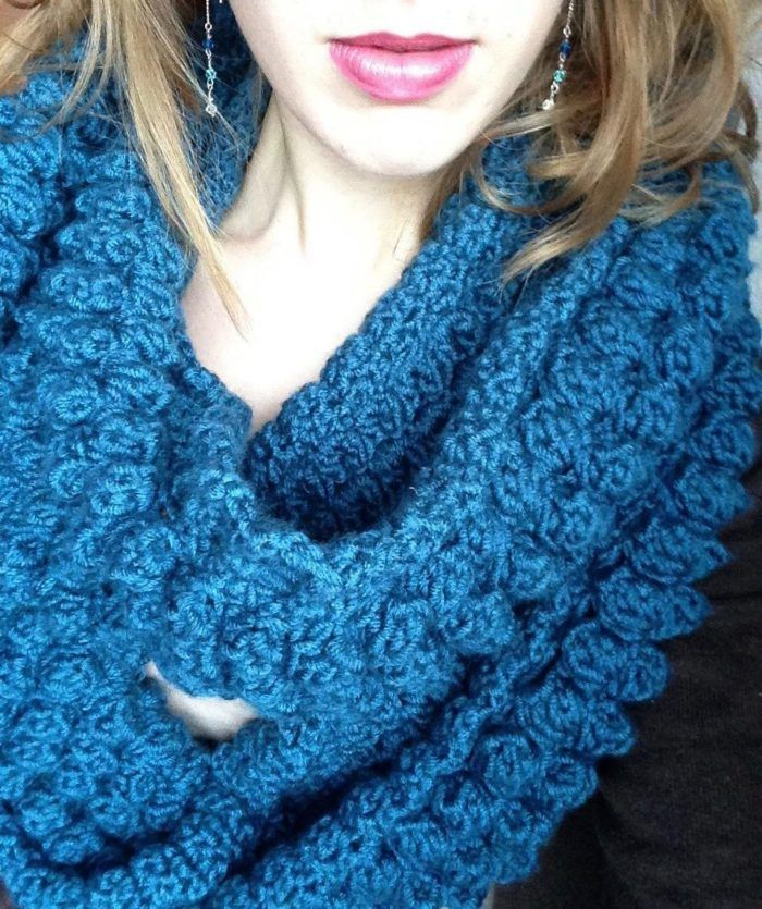 Infinity Studio Scarf – Free Crochet Pattern at Make it Lucky ...