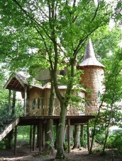 The Treehouse Suite at Fernie Castle Amazing storybook treehouse in Fife, Scotland