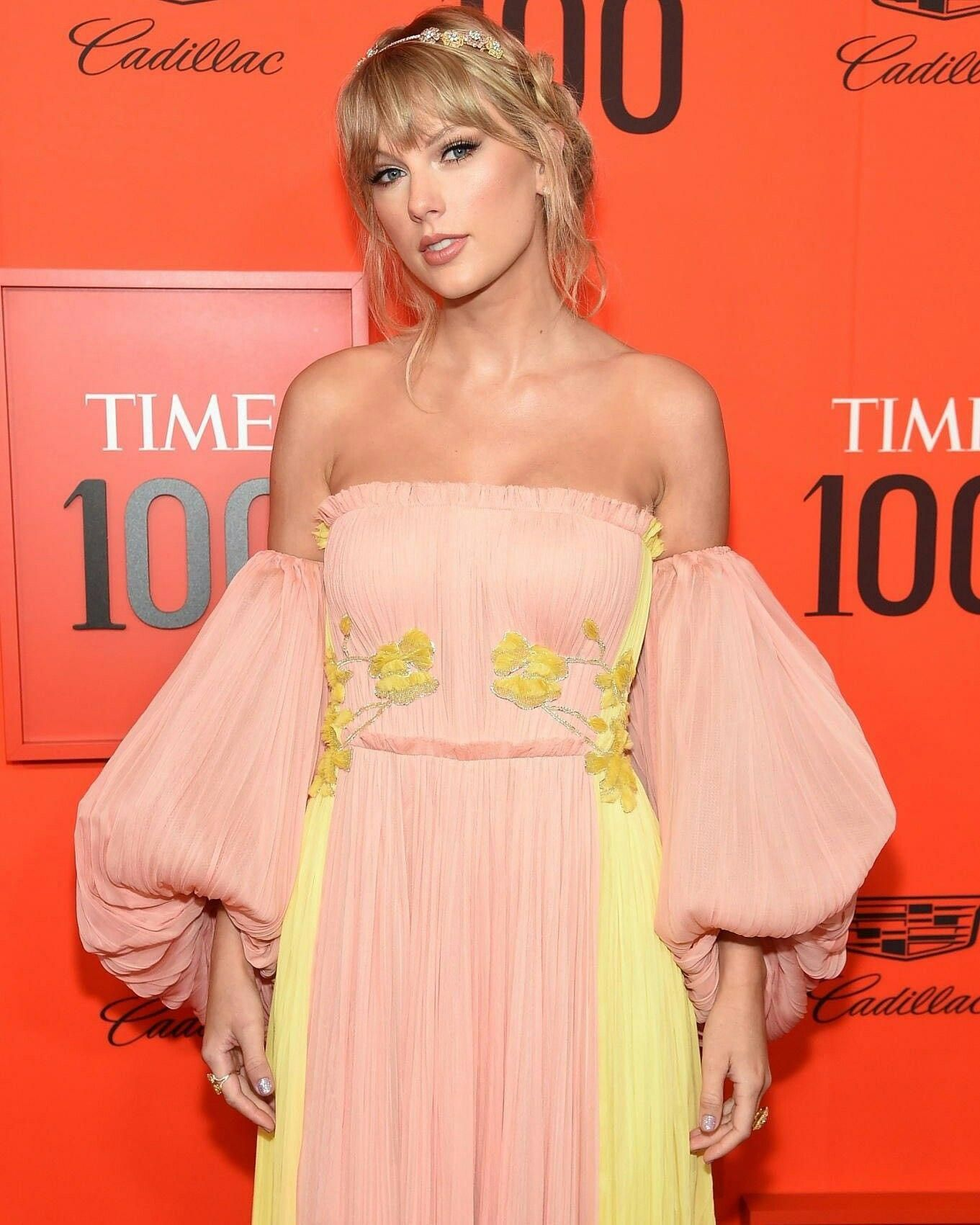 #whatalook   Taylor swift dress, Taylor swift party ...