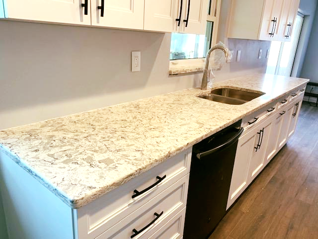 Magnificent Kitchen Countertop Made By Using Iconic Phoenix