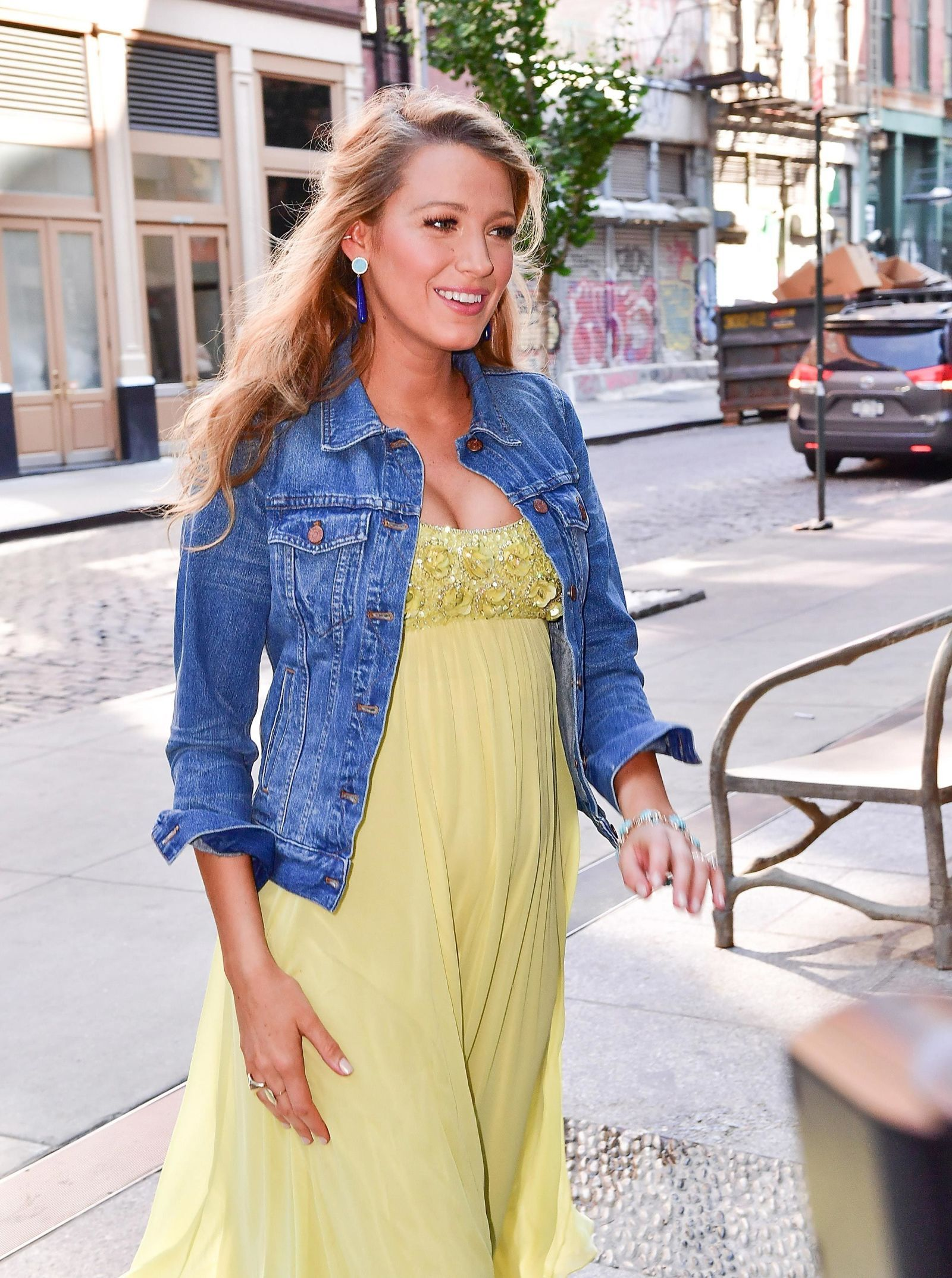 Pin by zzzieee on Outfit Summer   Blake lively casual