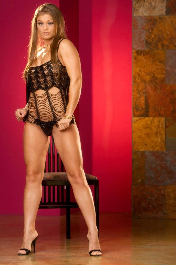 Faltoyano and female muscle | XXX fotos)