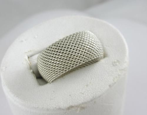 Estate Authentic Tiffany & Co Sterling Silver Somerset Wide Mesh Ring $500 A124 https://t.co/mWkN8zJQJC https://t.co/4VxvIHKNt4