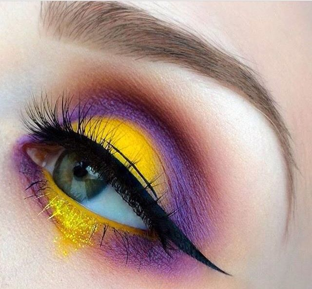 purple yellow eyeshadow makeup makeup eye makeup. Black Bedroom Furniture Sets. Home Design Ideas