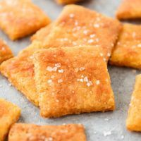 Low-Carb Cheez-Its: Low-carb, keto, gluten-free, grain-free, vegetarian, & refined-sugar-free! Only net carbs per serving!…