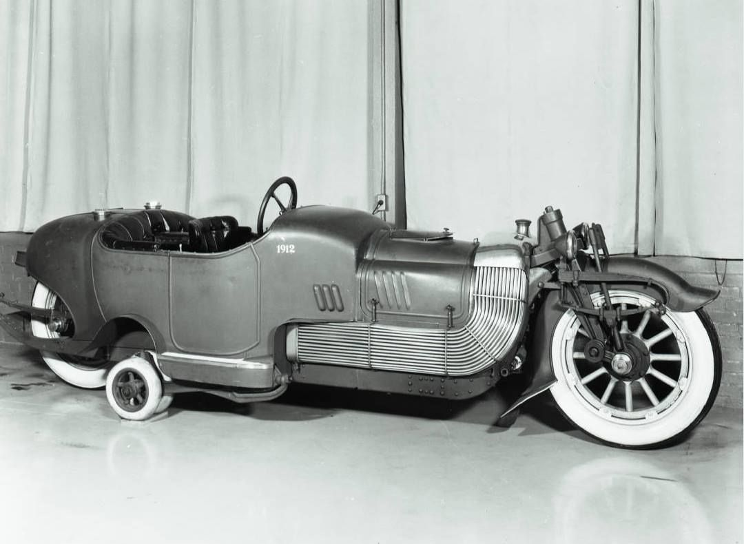 The Bi-Autogo was a prototype American motorcycle, built in 1913 ...