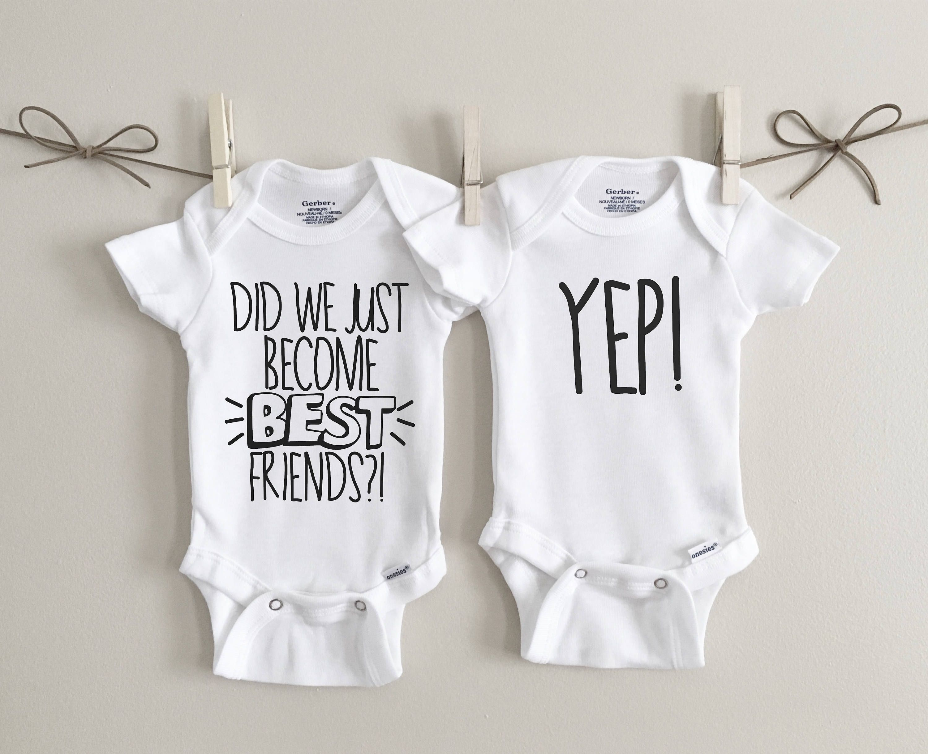 Unisex Baby Twin Set 2-Pack Born First /& Show Off Bodysuits We Match