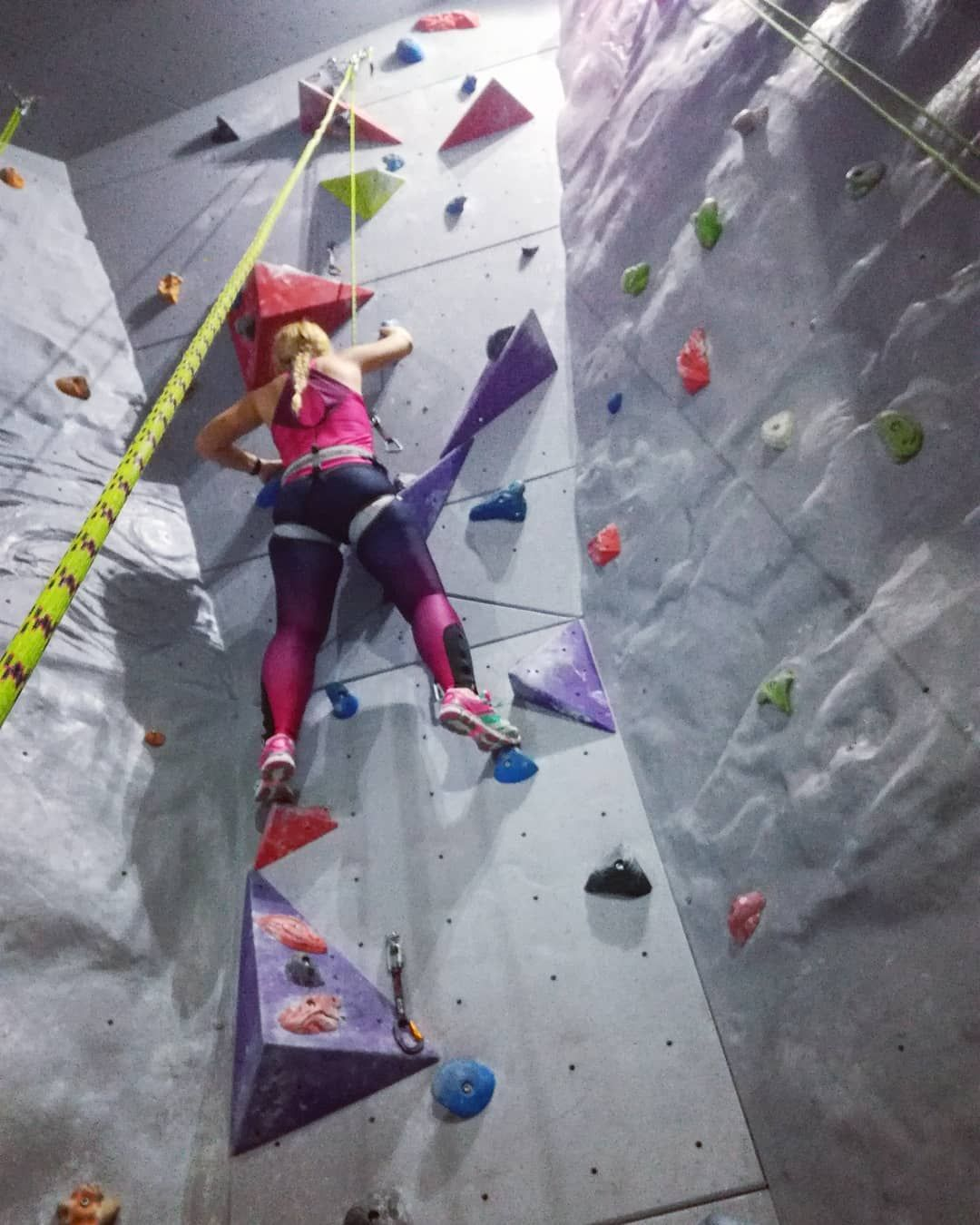 Blondyna Sie Wspina Polishgirl Climbing Power