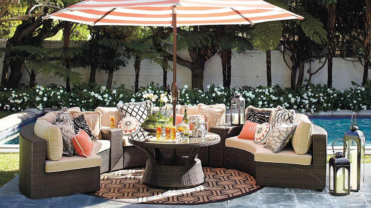 Gentil Upstairs Patio Furniture Arrangement   Frontgate Pasadena Modular Outdoor  Collection