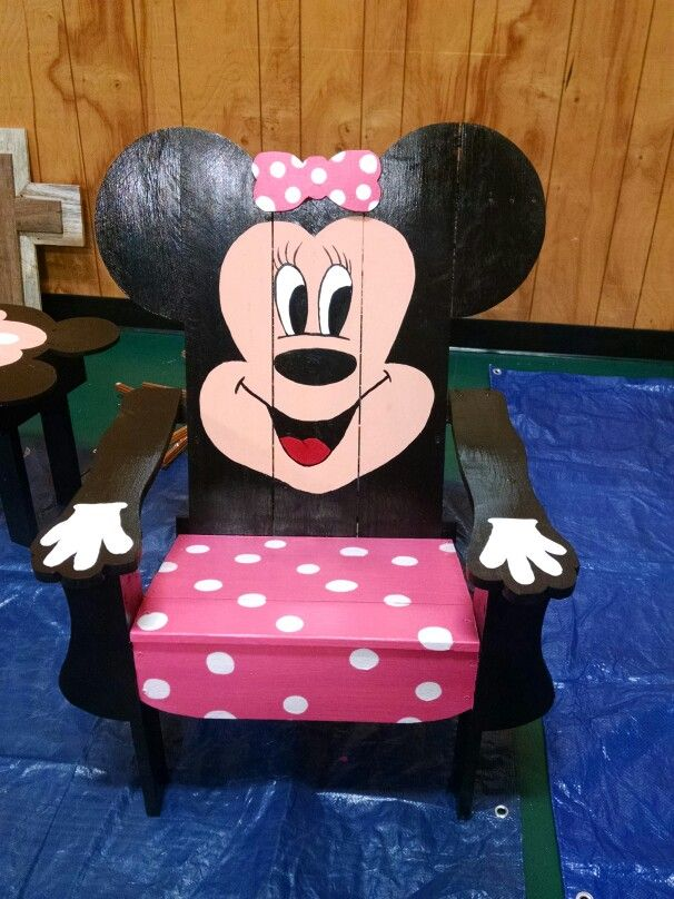 Minnie Mouse Chair Chairmadera In 2019 Disney Furniture