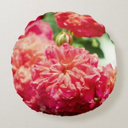 Red rose flower round pillow