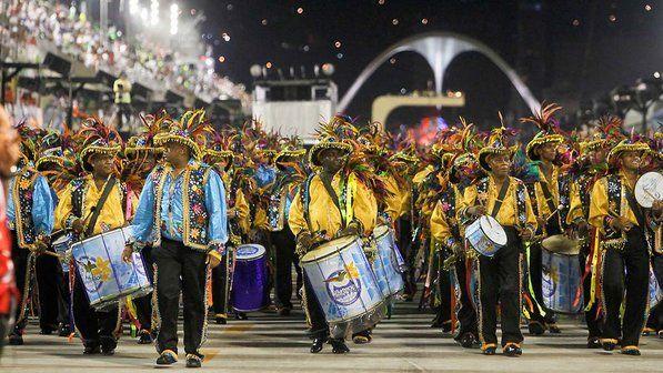 Primeira noite das escolas de samba no Rio de Janeiro