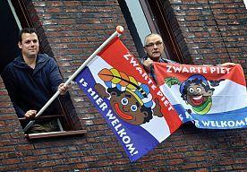 Vlag Voor Voorstanders Zwarte Piet Is Hier Welkom Video Zwarte Piet Vlag Zwart